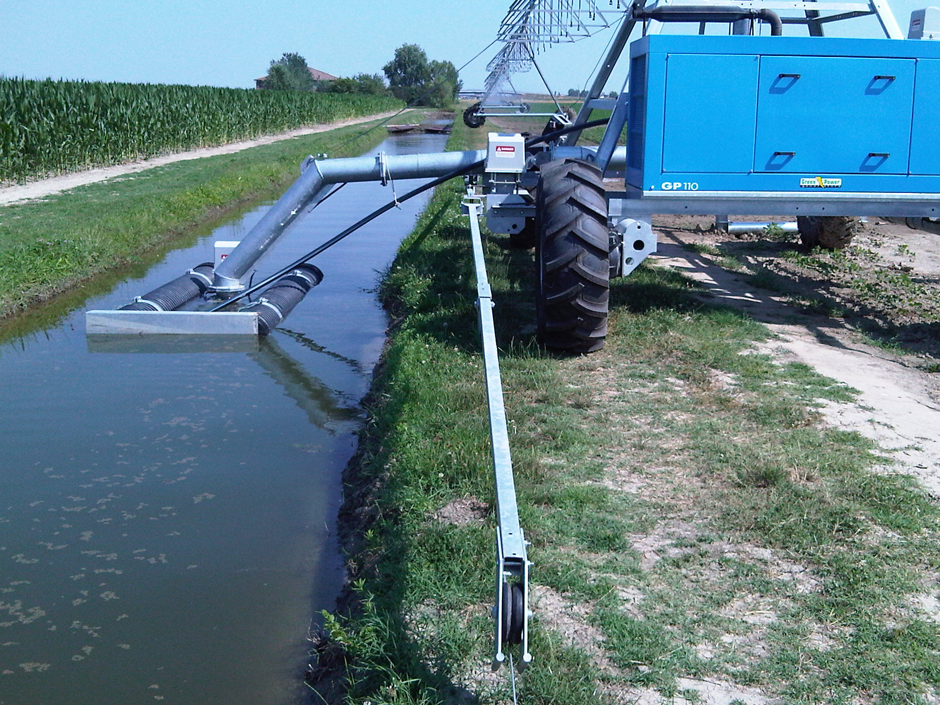 Universal Linear_Ditch Feed_June 2012_Corn_ 7.jpg